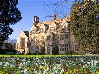 Anglesey Abbey, Gardens & Lode Mill for Snowdrops!