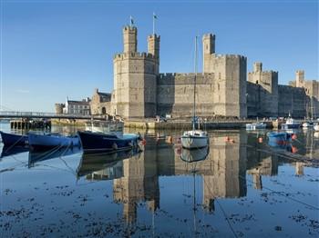 Cosy Country & Western Themed Break, Caernarfon
