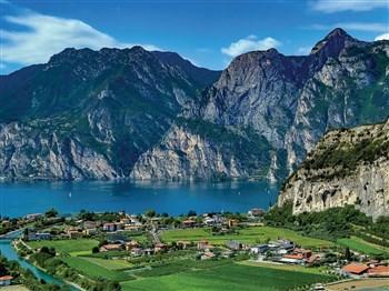 Springtime in Lake Garda
