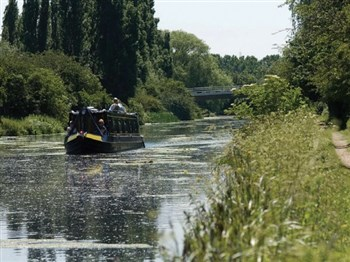 Lee Valley River Cruise & Lunch, Hertfordshire