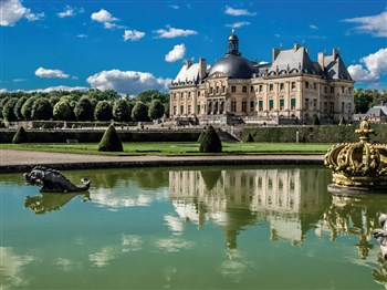 Enchanting Parisian Chateaux, Gardens & Paris