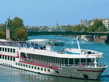 Paris to the Cote Fleurie River Cruise