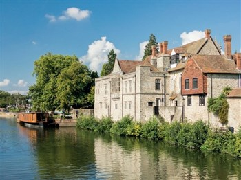 River Medway Cruise & Allington Castle