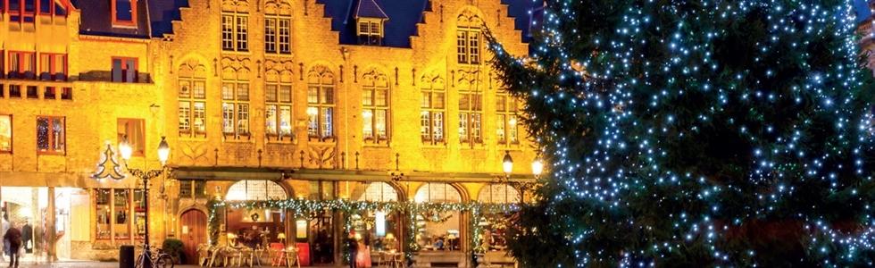 Bruges Christmas Market Overnight